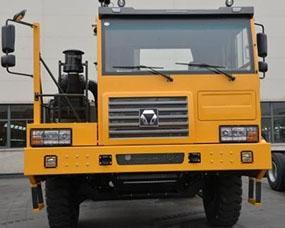 新型非公路矿用自卸车